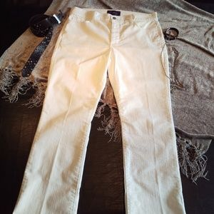 NOT YOUR DAUGHTERS White JEANS! NYDJ NYDJ with LTT